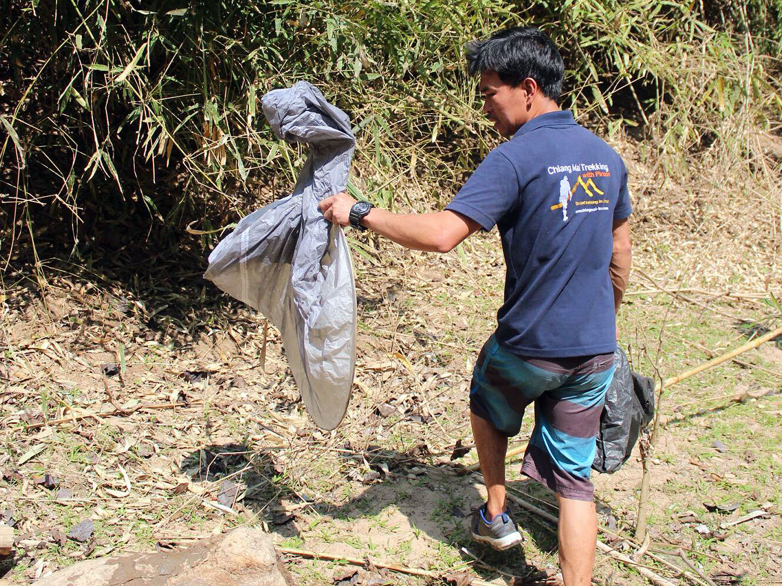 Chiang Mai Trekking - Clean up the jungles of Northern Thailand with us | Chiang Mai Trekking | The best trekking in Chiang Mai with Piroon Nantaya