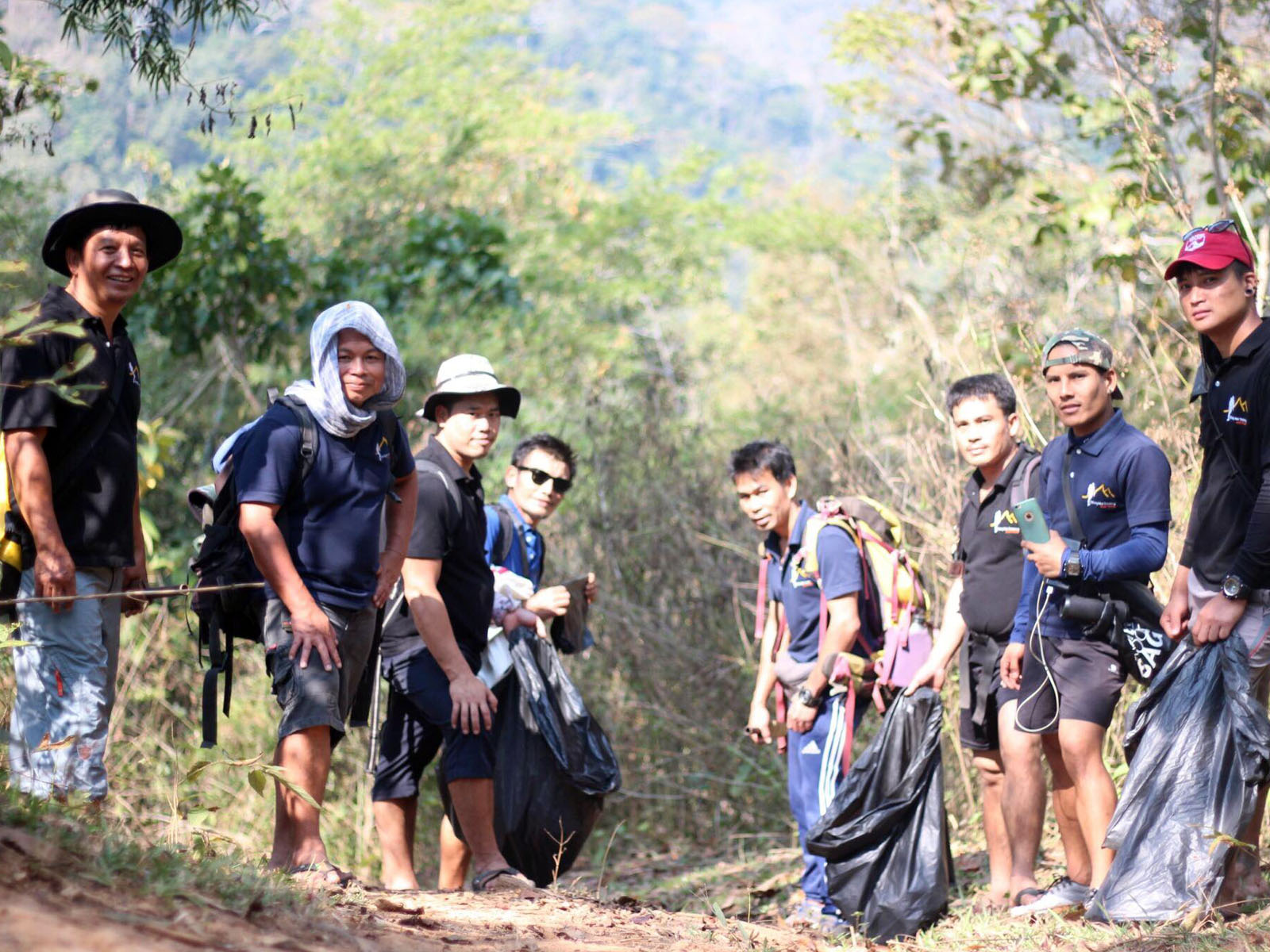 Clean up the jungles of Northern Thailand with us | Chiang Mai Trekking | The best trekking in Chiang Mai with Piroon Nantaya