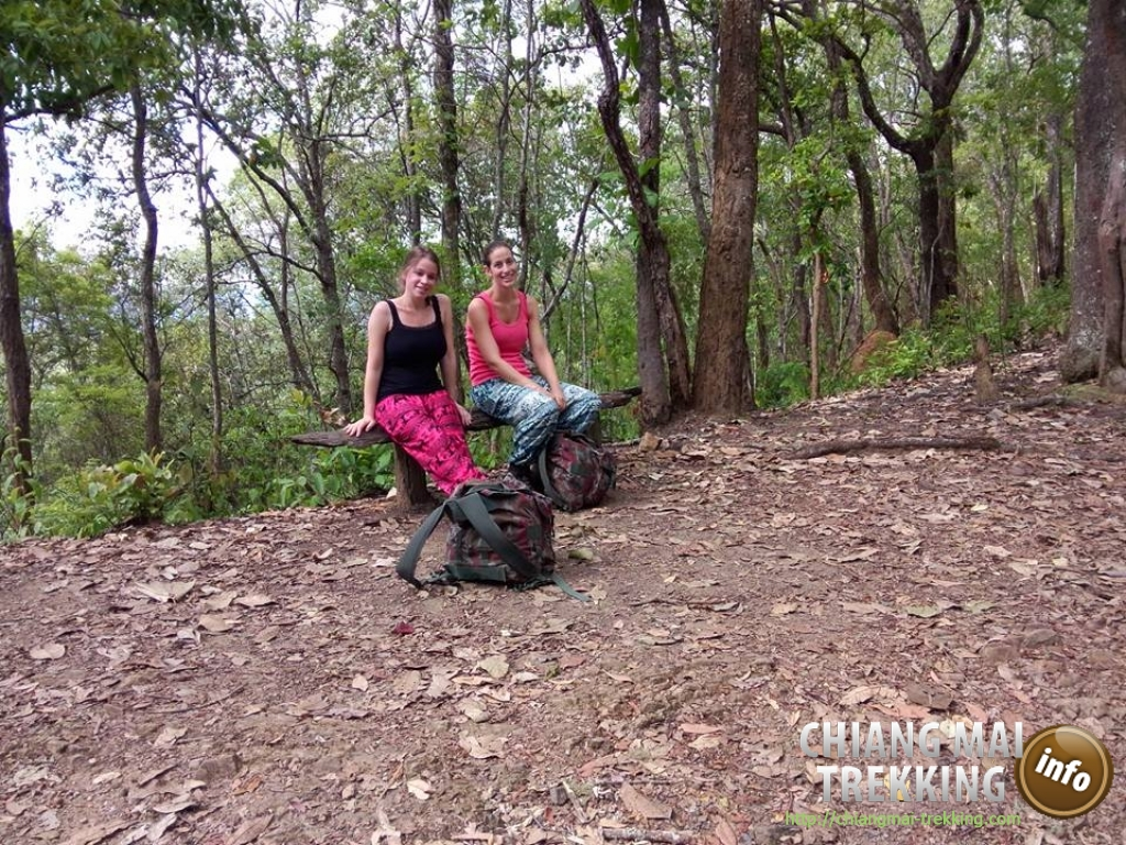 Natalie & friend | Chiang Mai Trekking | The best trekking in Chiang Mai with Piroon Nantaya