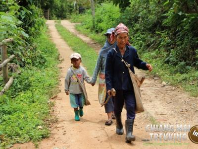 2-days/1-night Trekking Tour | Chiang Mai Trekking | The best trekking in Chiang Mai with Piroon Nantaya