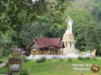 Day Trip Chiang Dao Cave & Doi Luang Chiang Dao Mountain | Chiang Mai Trekking | The best trekking in Chiang Mai with Piroon Nantaya